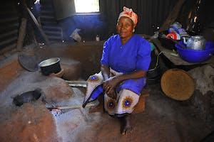 Clean cookstove in Kenya
