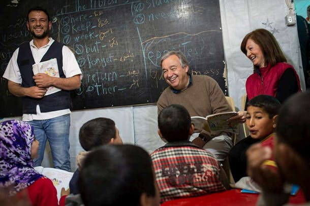 guterres-reading-to-children-photo-unhcr-andrew-mcconnell610
