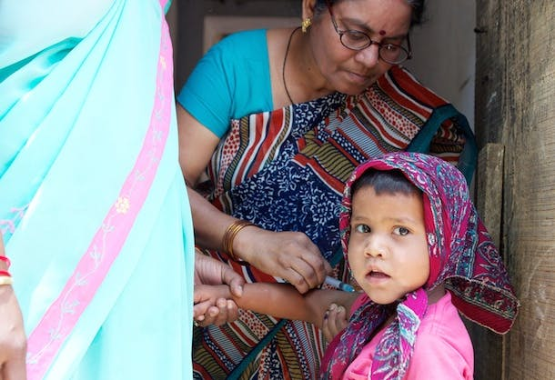 India_Varanasi_MeaslesCampaign_2013 34[1]