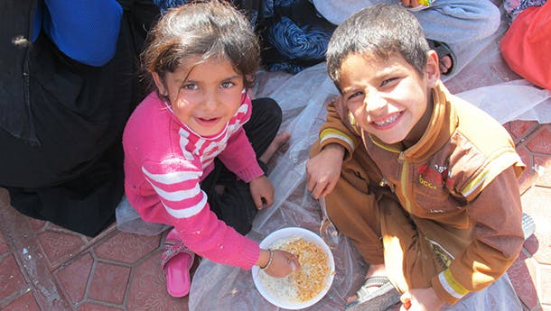 mosul-broth-sister-photo-credit-wfp-610