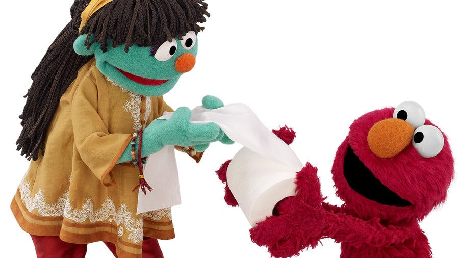 raya-and-elmo.-tm-and---2014-sesame-workshop.-all-rights-reserved.-photo-credit-john-barrett_wide-80ff8d1b4d6c222283d9d9ab77b2b9b2fc293dba-s900-c85
